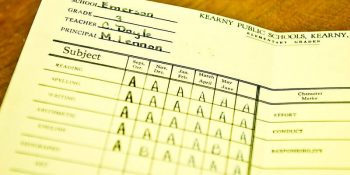 Are there positive effects of posting students' grades publicly?